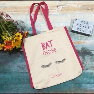 """Bat those eyelashes""Lancôme canvas tote"